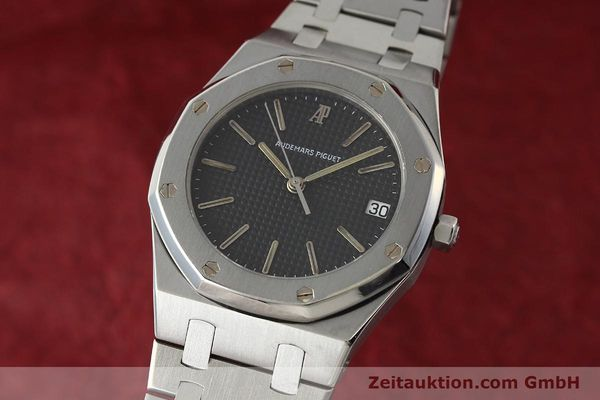 Used luxury watch Audemars Piguet Royal Oak steel quartz Kal. 2506  | 142562 04
