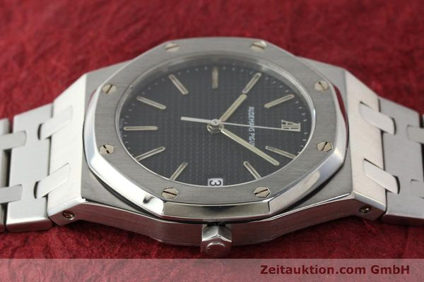 Used luxury watch Audemars Piguet Royal Oak steel quartz Kal. 2506  | 142562 05