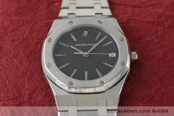 Used luxury watch Audemars Piguet Royal Oak steel quartz Kal. 2506  | 142562 17