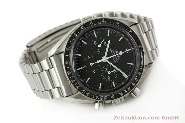 Used luxury watch Omega Speedmaster chronograph steel manual winding Kal. 881  | 142566 03
