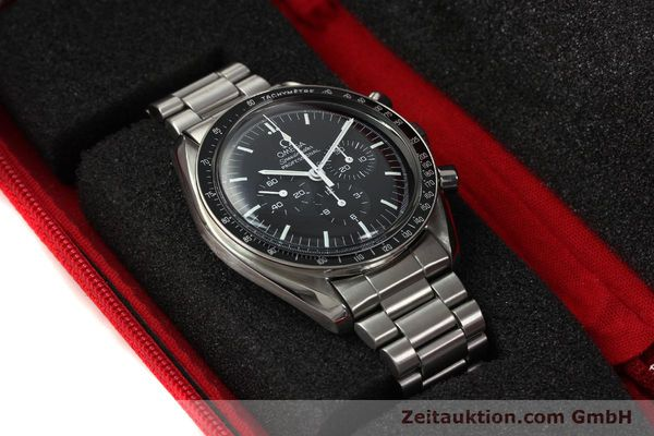 Used luxury watch Omega Speedmaster chronograph steel manual winding Kal. 881  | 142566 07