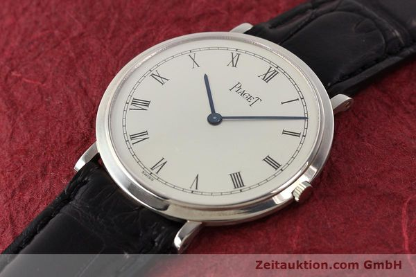 Used luxury watch Piaget Altiplano 18 ct white gold manual winding Kal. 9P Ref. 902  | 142608 01