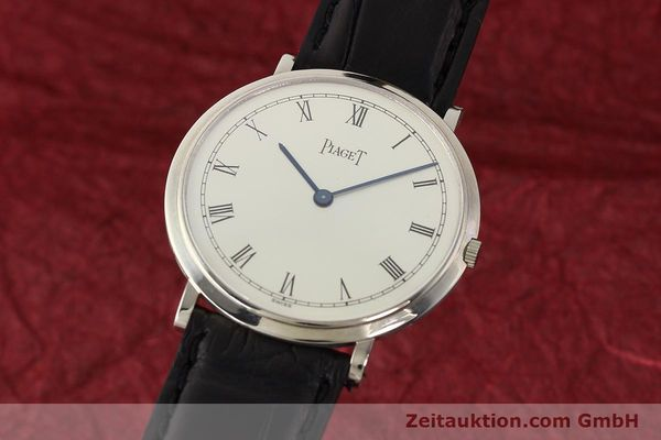Used luxury watch Piaget Altiplano 18 ct white gold manual winding Kal. 9P Ref. 902  | 142608 04
