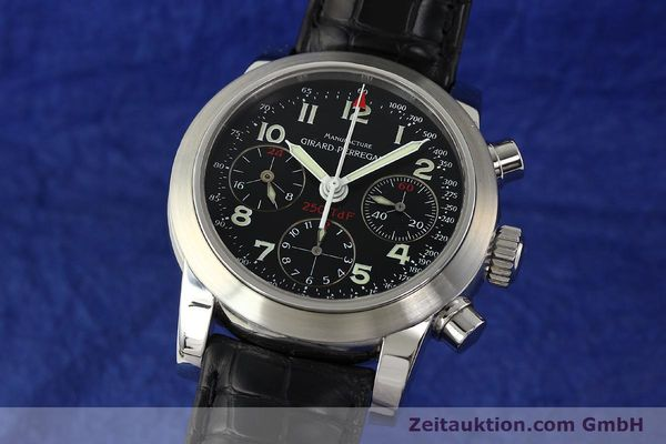 Used luxury watch Girard Perregaux Ferrari chronograph steel automatic Kal. 2528OU-781 Ref. 8090  | 142729 04
