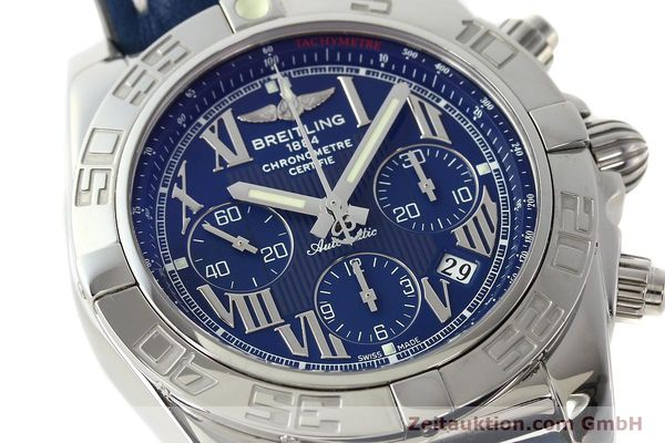 Used luxury watch Breitling Chronomat 44 chronograph steel automatic Kal. B01 Ref. AB0110  | 142826 02