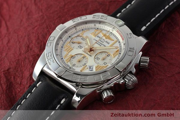 Used luxury watch Breitling Chronomat 44 chronograph steel automatic Kal. B01 Ref. IB0110  | 142827 01
