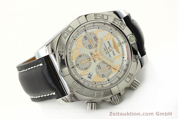 Used luxury watch Breitling Chronomat 44 chronograph steel automatic Kal. B01 Ref. IB0110  | 142827 03