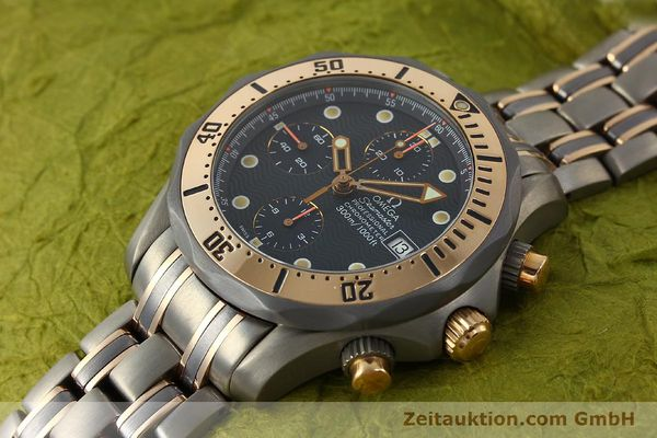 Used luxury watch Omega Seamaster chronograph titanium / gold automatic Kal. 1154 ETA 7750  | 142928 01
