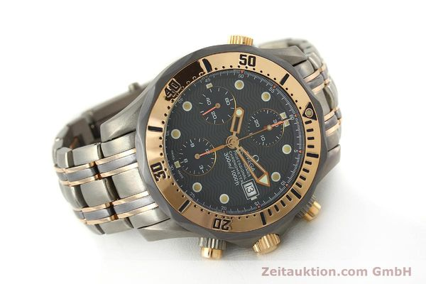 Used luxury watch Omega Seamaster chronograph titanium / gold automatic Kal. 1154 ETA 7750  | 142928 03