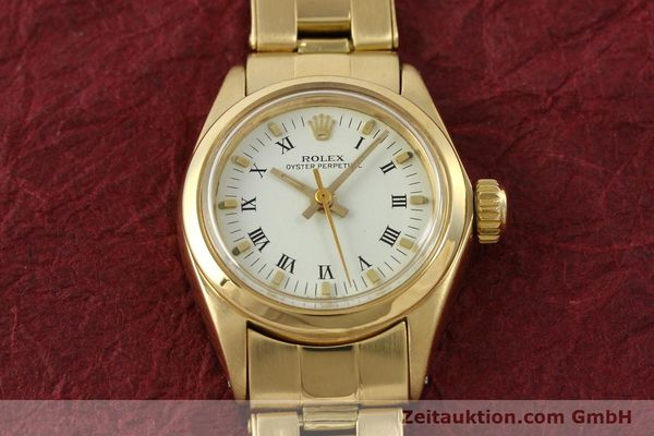 Used luxury watch Rolex Oyster Perpetual 18 ct gold automatic Kal. 2030 Ref. 6718  | 142929 16