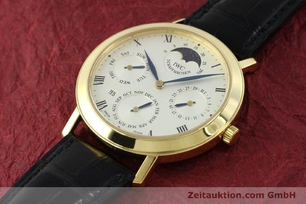 Used luxury watch IWC Ewiger Kalender 18 ct gold manual winding Kal. 84961 Ref. 2050  | 142977 01