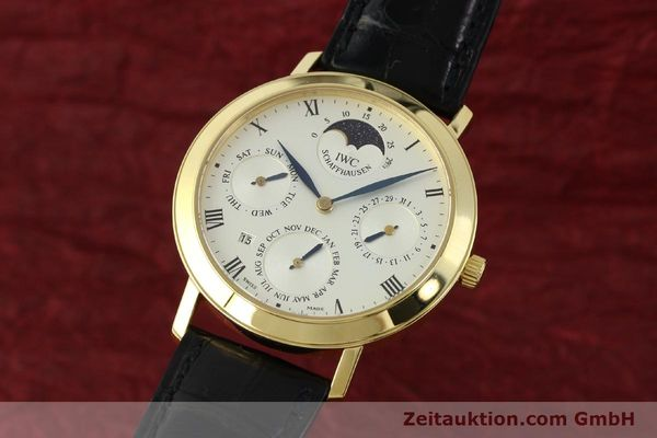 Used luxury watch IWC Ewiger Kalender 18 ct gold manual winding Kal. 84961 Ref. 2050  | 142977 04