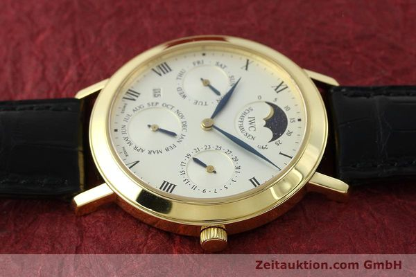 Used luxury watch IWC Ewiger Kalender 18 ct gold manual winding Kal. 84961 Ref. 2050  | 142977 05