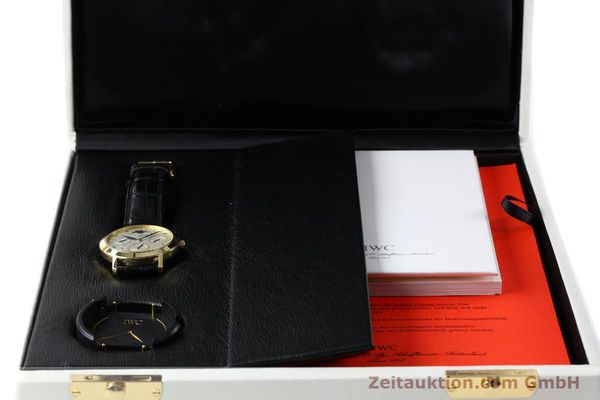 Used luxury watch IWC Ewiger Kalender 18 ct gold manual winding Kal. 84961 Ref. 2050  | 142977 07