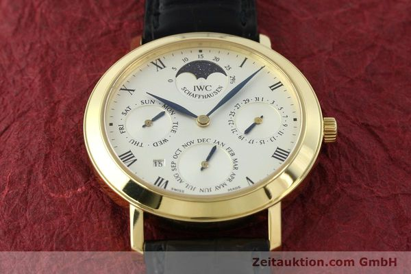 Used luxury watch IWC Ewiger Kalender 18 ct gold manual winding Kal. 84961 Ref. 2050  | 142977 18