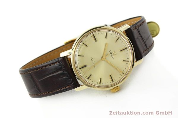 Used luxury watch Omega * 14 ct yellow gold manual winding Kal. 501 Ref. 1211  | 142996 03