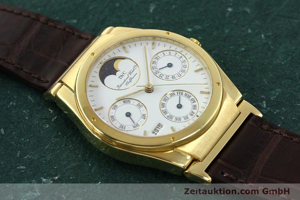Used luxury watch IWC Ingenieur 18 ct gold automatic Kal. 3757 Ref. 35401  | 143061 14