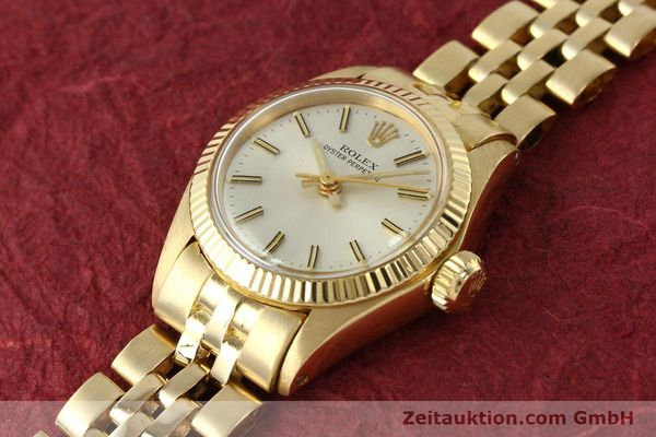 Used luxury watch Rolex Oyster Perpetual 18 ct gold automatic Kal. 2030 Ref. 6719  | 143081 01