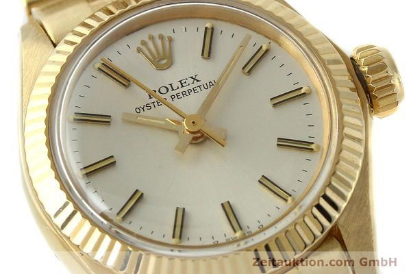Used luxury watch Rolex Oyster Perpetual 18 ct gold automatic Kal. 2030 Ref. 6719  | 143081 02