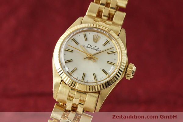 Used luxury watch Rolex Oyster Perpetual 18 ct gold automatic Kal. 2030 Ref. 6719  | 143081 04