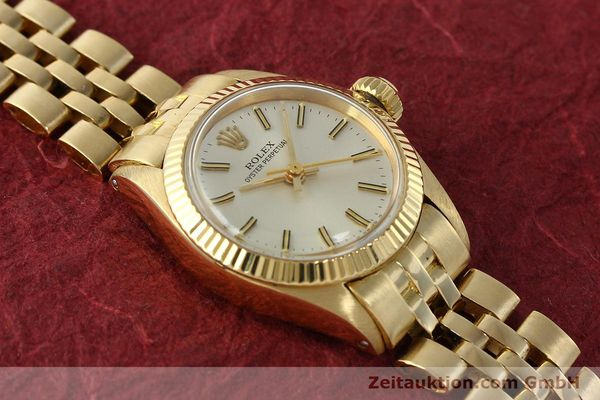 Used luxury watch Rolex Oyster Perpetual 18 ct gold automatic Kal. 2030 Ref. 6719  | 143081 15