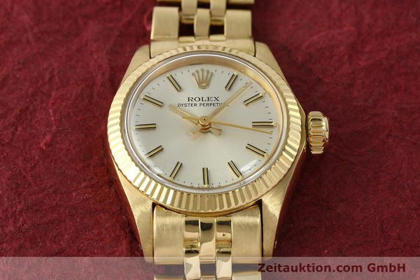 Used luxury watch Rolex Oyster Perpetual 18 ct gold automatic Kal. 2030 Ref. 6719  | 143081 16