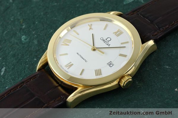 Used luxury watch Omega * 18 ct gold automatic Kal. 1108  | 150008 01