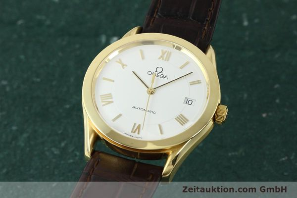 Used luxury watch Omega * 18 ct gold automatic Kal. 1108  | 150008 04