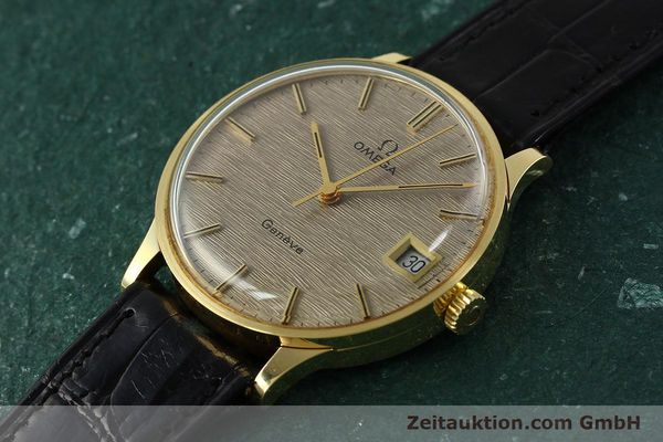 Used luxury watch Omega * 18 ct gold manual winding Kal. 1030 VINTAGE  | 150045 01