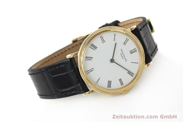 Used luxury watch Patek Philippe Calatrava 18 ct gold quartz Kal. E27 Ref. 3744  | 150162 03