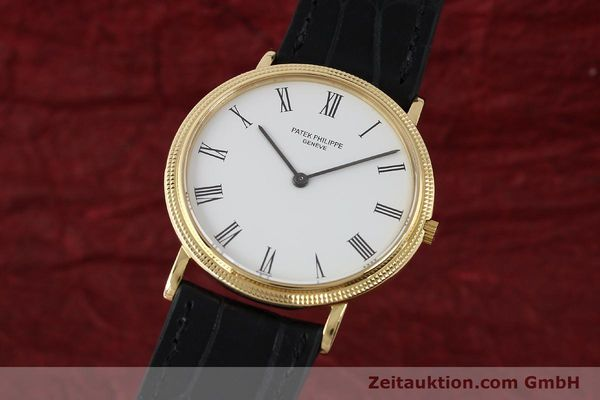 Used luxury watch Patek Philippe Calatrava 18 ct gold quartz Kal. E27 Ref. 3744  | 150162 04