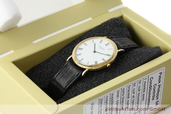 Used luxury watch Patek Philippe Calatrava 18 ct gold quartz Kal. E27 Ref. 3744  | 150162 07