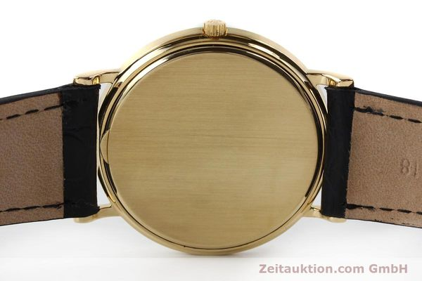 Used luxury watch Patek Philippe Calatrava 18 ct gold quartz Kal. E27 Ref. 3744  | 150162 08
