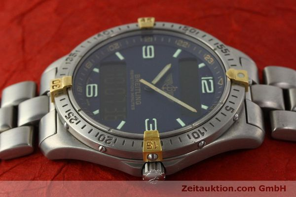 Used luxury watch Breitling Aerospace chronograph titanium / gold quartz Kal. B65 ETA E10391 Ref. F65062  | 150234 05