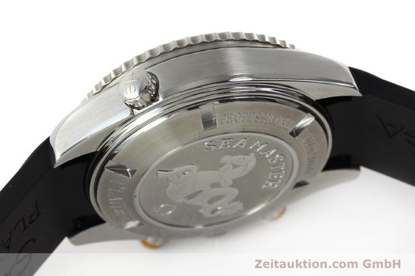 Used luxury watch Omega Seamaster chronograph steel automatic Kal. 3313 Ref. 22185000  | 150262 13