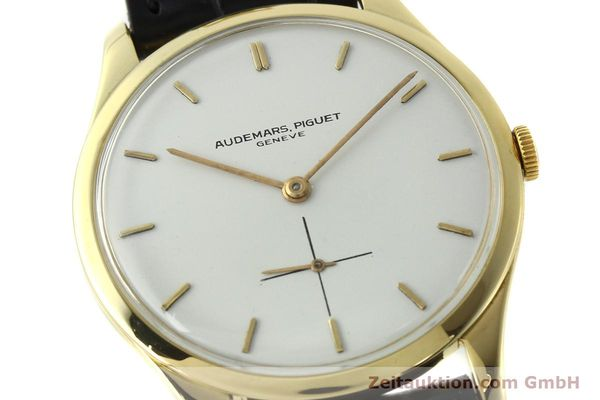 Used luxury watch Audemars Piguet * 18 ct gold manual winding Kal. 2001  | 150279 02