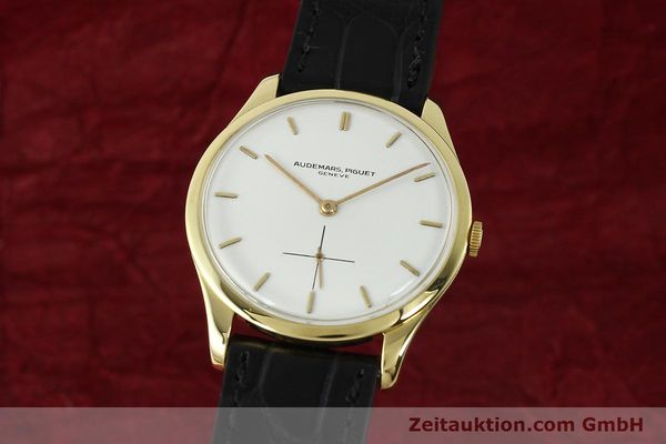 Used luxury watch Audemars Piguet * 18 ct gold manual winding Kal. 2001  | 150279 04