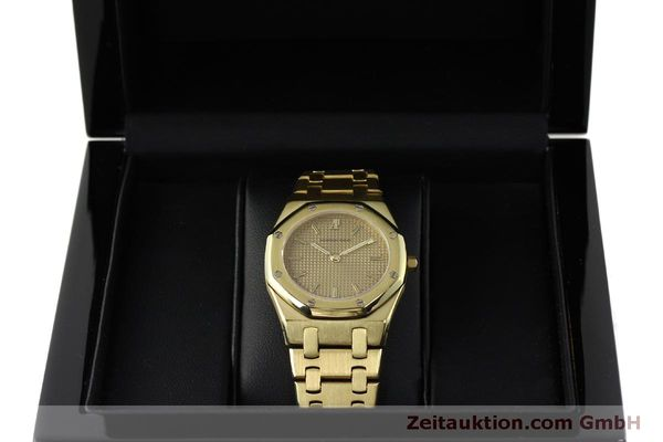 Used luxury watch Audemars Piguet Royal Oak 18 ct gold quartz Kal. 2508 Ref. B59711  | 150306 07