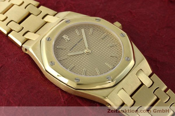 montre de luxe d occasion Audemars Piguet Royal Oak or 18 ct quartz Kal. 2508 Ref. B59711  | 150306 15
