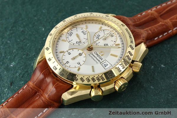 Used luxury watch Omega Speedmaster chronograph 18 ct gold automatic Kal. 1152  | 150321 01