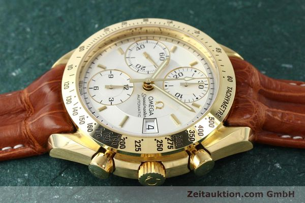 Used luxury watch Omega Speedmaster chronograph 18 ct gold automatic Kal. 1152  | 150321 05