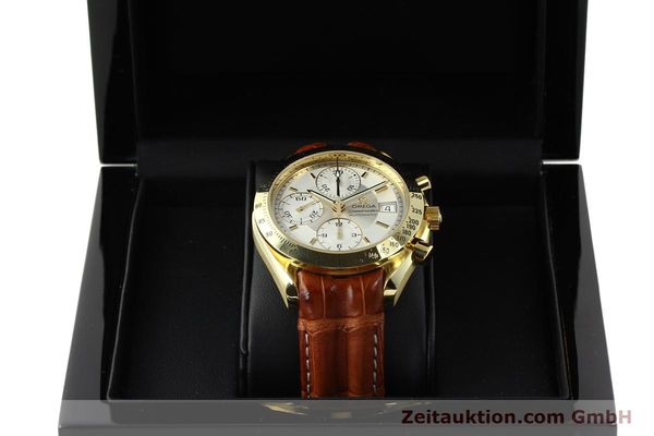 Used luxury watch Omega Speedmaster chronograph 18 ct gold automatic Kal. 1152  | 150321 07