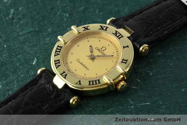 montre de luxe d occasion Omega Constellation or 18 ct quartz Kal. 1155 ETA 976.001  | 150350 01