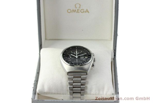 Used luxury watch Omega Speedmaster chronograph steel automatic Kal. 1045  | 150621 07