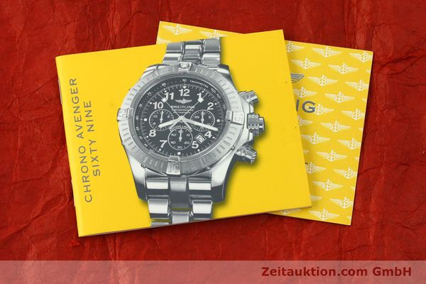 gebrauchte Luxusuhr Breitling Avenger Chronograph Stahl Quarz Kal. B69 Ref. A69360 LIMITED EDITION | 150658 12