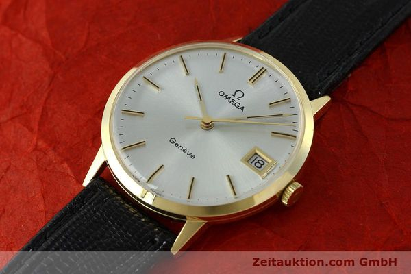 Used luxury watch Omega * 14 ct yellow gold manual winding Kal. 1030  | 150697 01