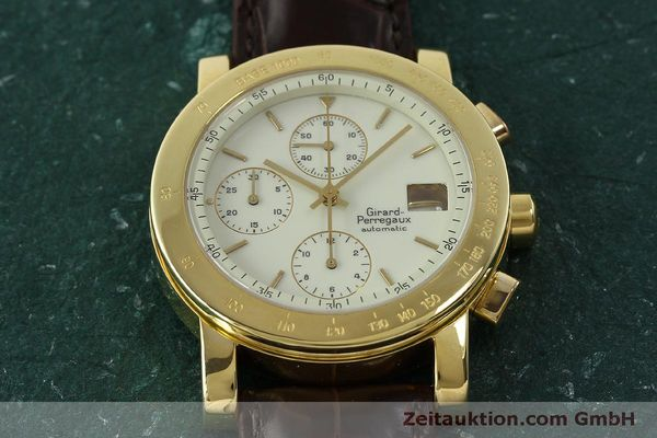 Used luxury watch Girard Perregaux 7000 chronograph 18 ct gold automatic Kal. 800-014 Ref. 7000  | 150729 15
