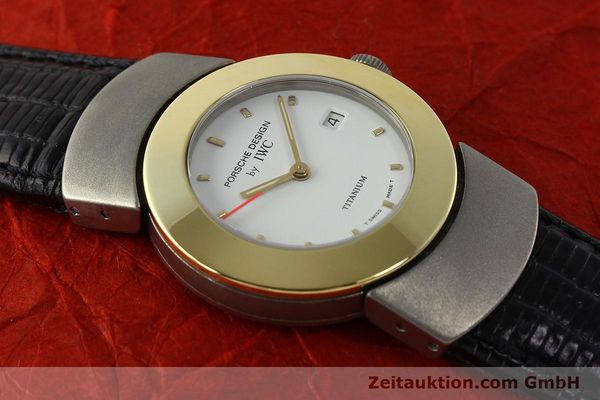 Used luxury watch IWC Porsche Design titanium / gold quartz Kal. 2209 ETA 256111  | 150775 15