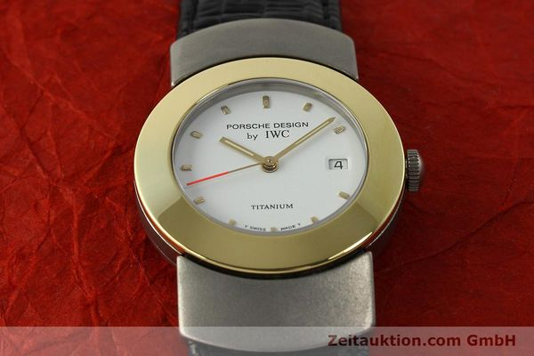 Used luxury watch IWC Porsche Design titanium / gold quartz Kal. 2209 ETA 256111  | 150775 16