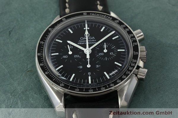 Used luxury watch Omega Speedmaster chronograph steel manual winding Kal. 1861  | 150780 15